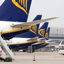 Ryanair downgrades profit guidance after slump in winter fares